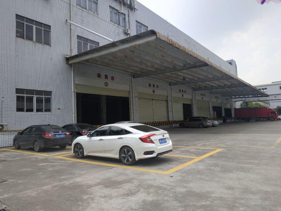 塘厦林村带卸货平台物流仓库