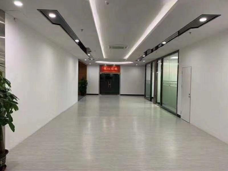 龙华清湖地铁站附近原房东带红本厂房3450平精装修无公摊厂房