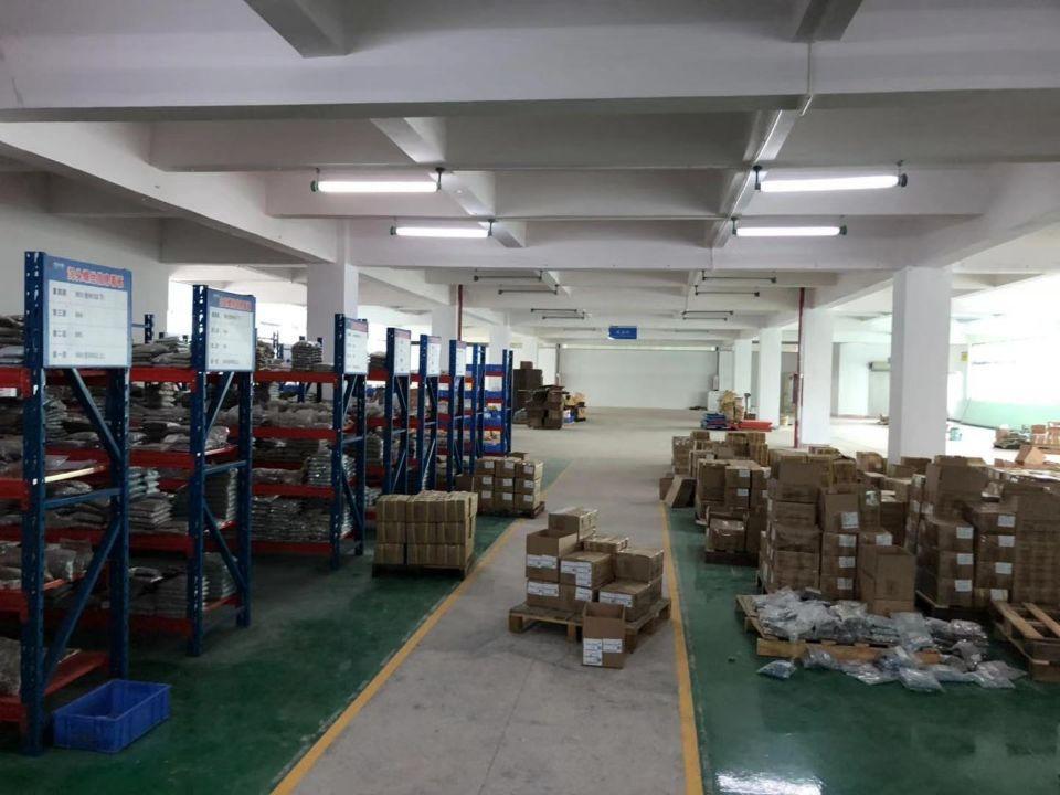 独立工业区里豪华装修1900平方二楼仓库,带货架