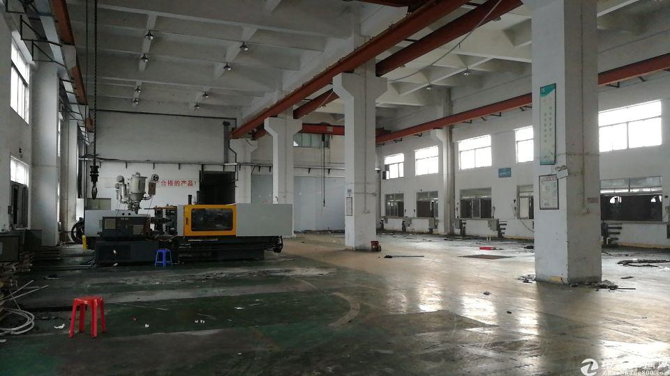 全新标准厂房一楼十米高带行车两部