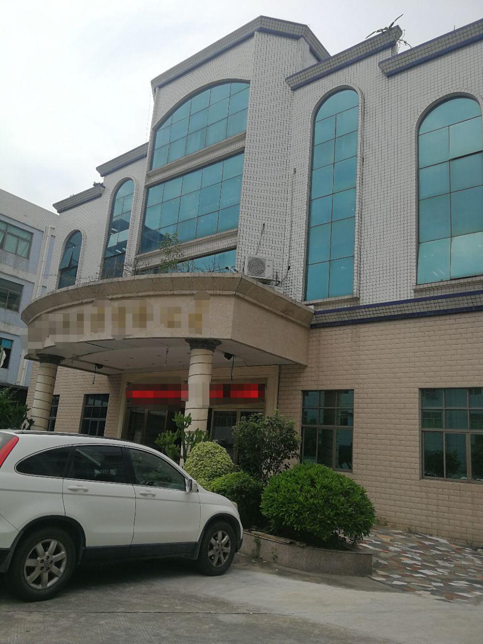 平湖华南城标准厂房2000平带装修出租