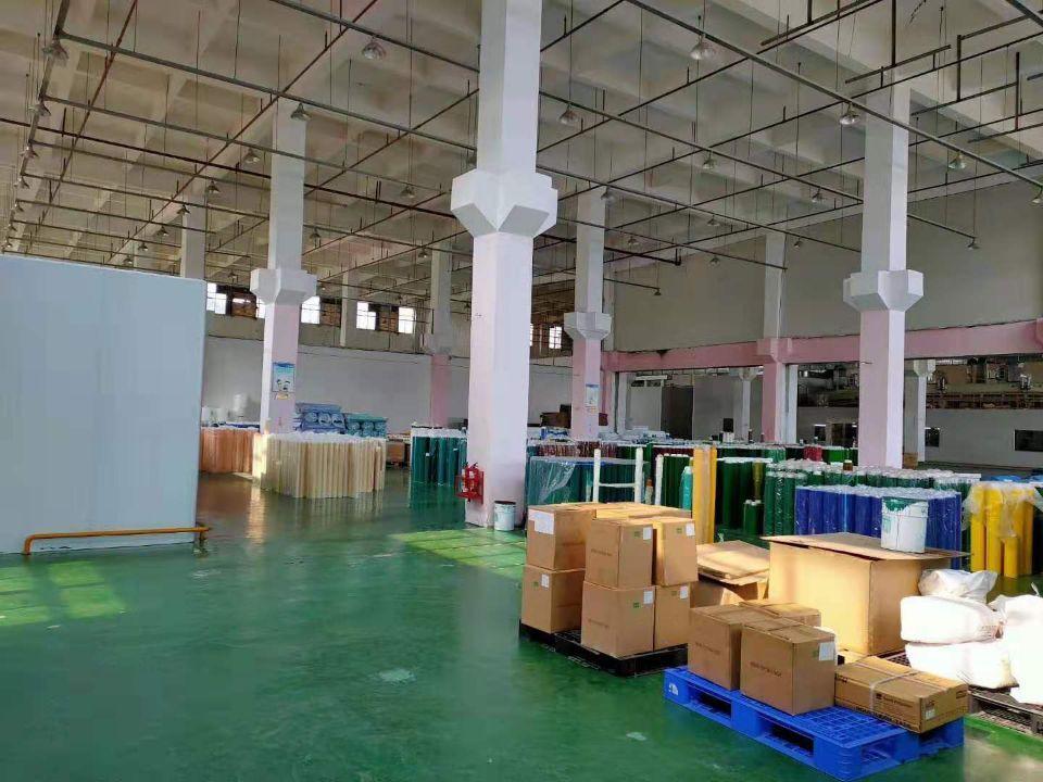 清溪标准厂房带牛角12米高有地坪漆现成办公室和水电