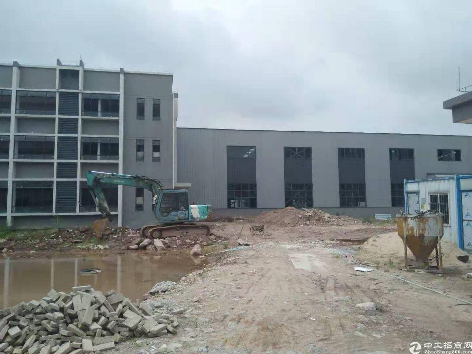 惠州市惠城区三栋镇数码园独栋11000平方滴水8米钢结构