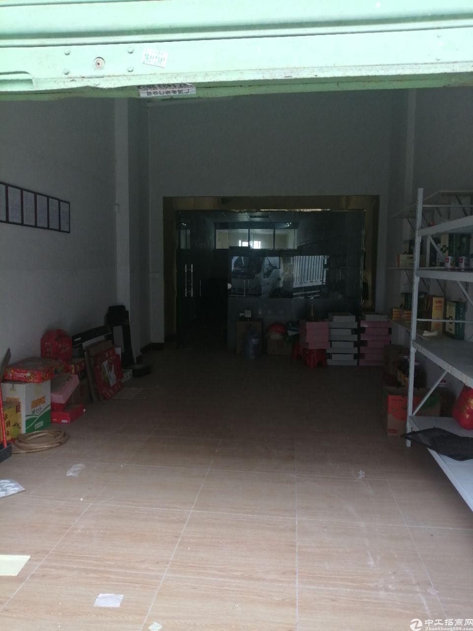 深圳平湖白泥坑附近一楼150标准厂房出租