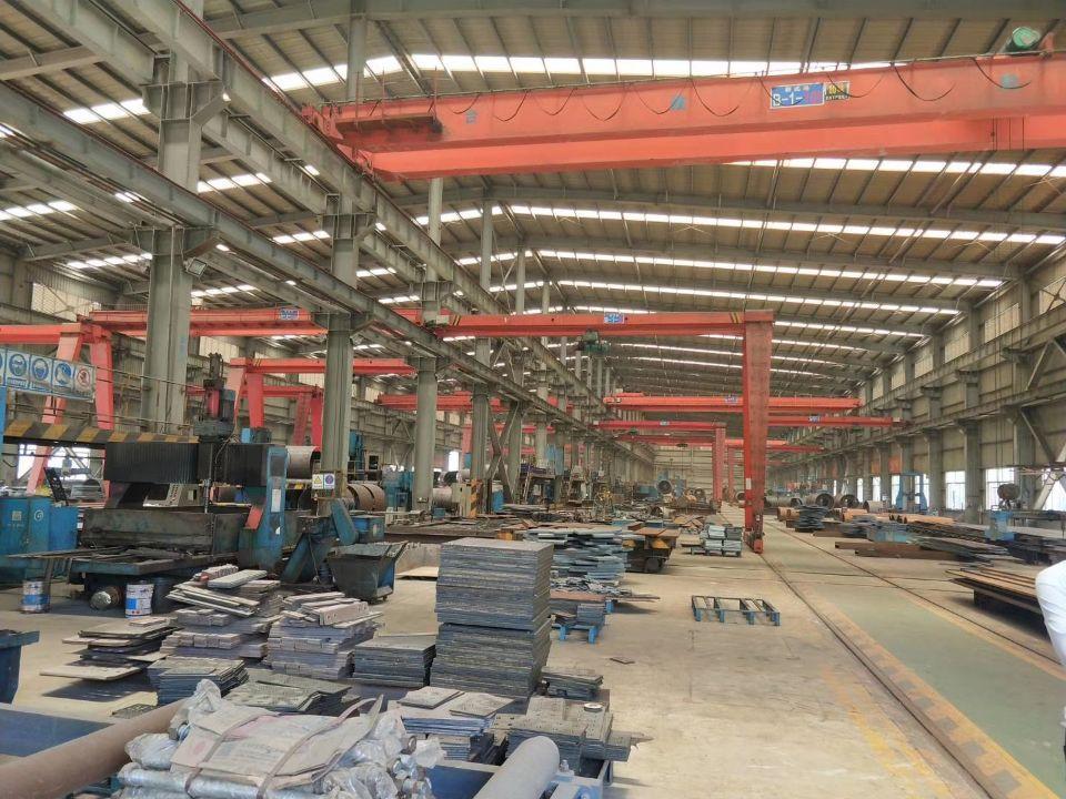 龙溪镇新出9米滴水带5吨航车钢构厂房招租,厂房面积4000㎡