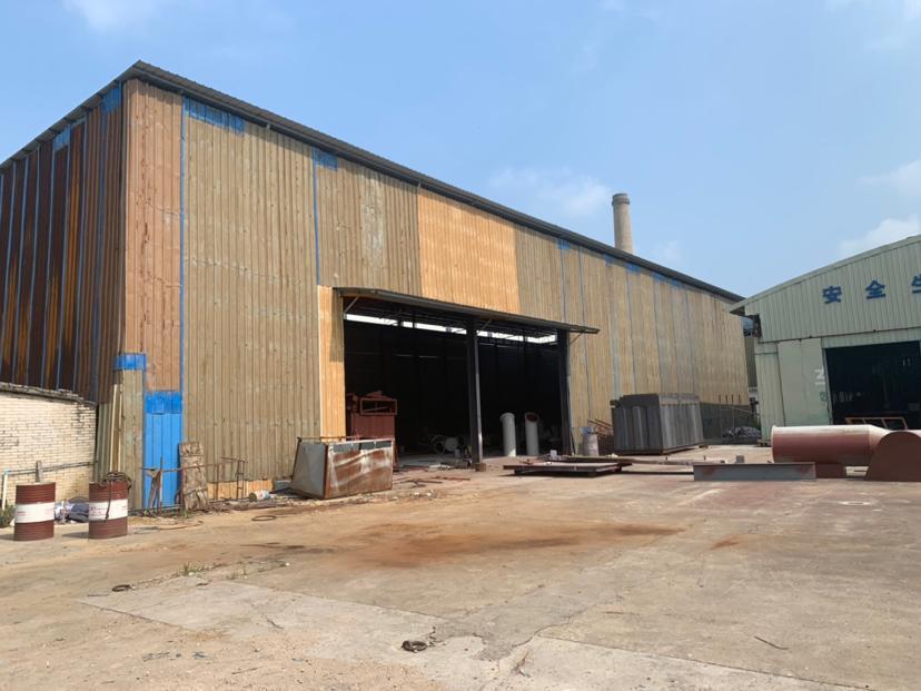 花都区秀全汽车城附近单一层钢结构高十米带行车厂房仓库出租