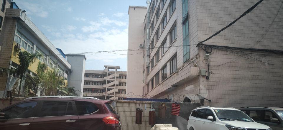 塘厦镇占地2500㎡建筑2000㎡村委合同厂房出售