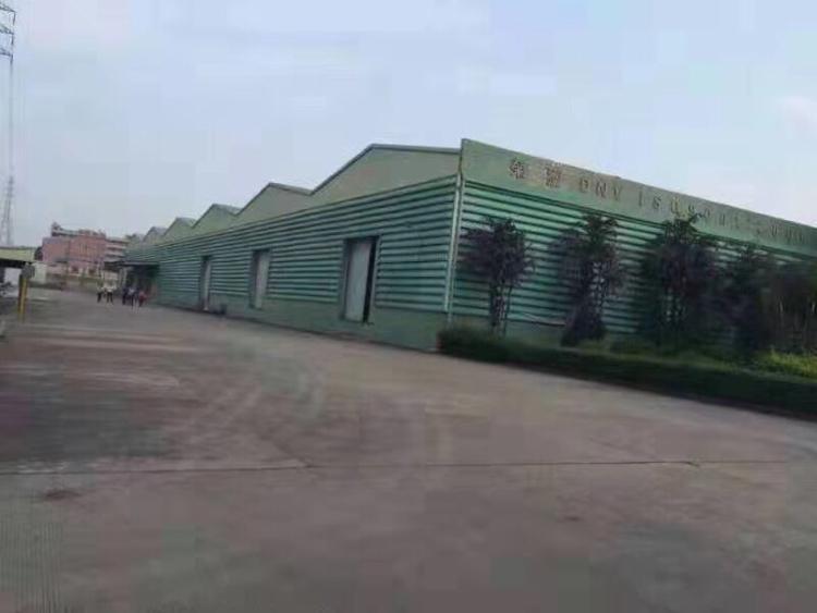 花园式丙二类仓库带卸货平台18000平方米出租可分租