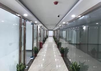 坪山天虹写字楼带装修220平方出租图片4