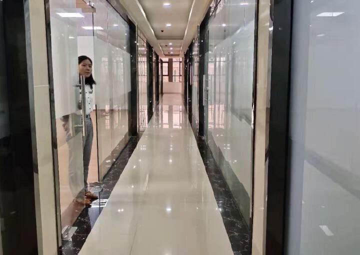 凤岗镇全新写字楼招租图片2