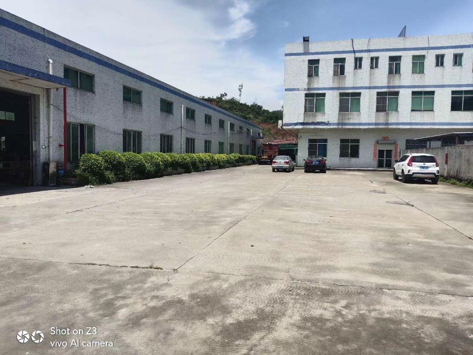 惠州市新圩镇政府旁钢结构厂房