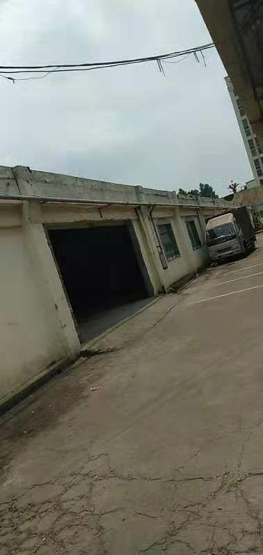 茶山镇横江站前路新出铁皮房1200平米招租,价钱非常的便宜