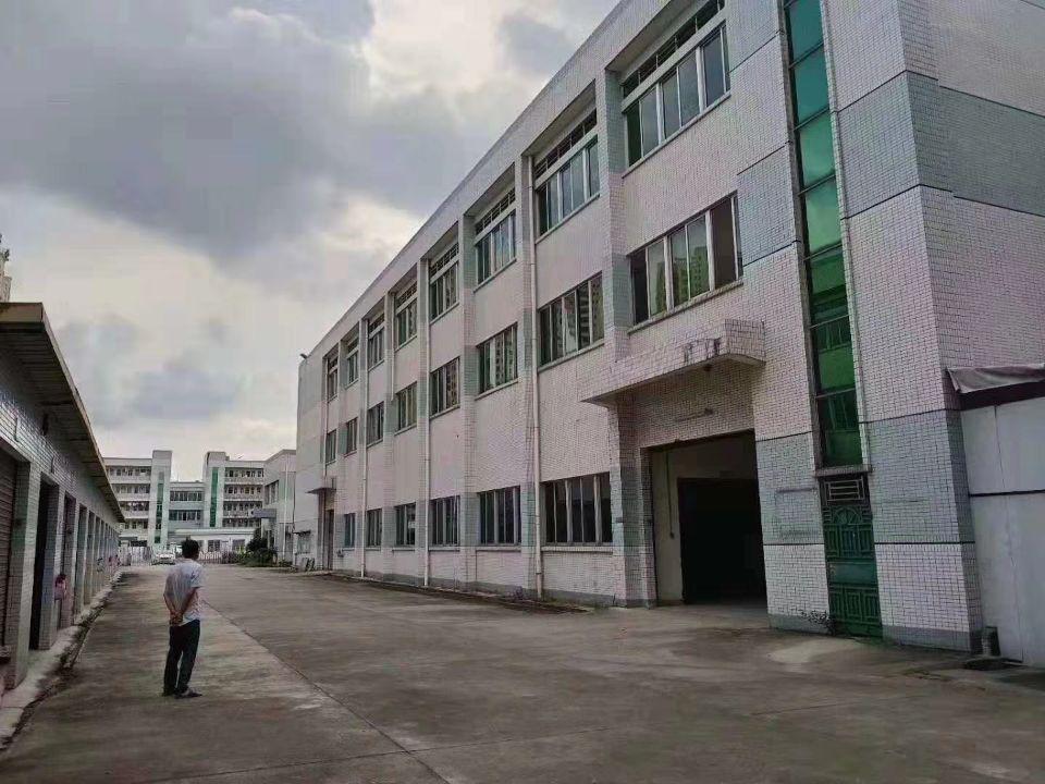 占地3000㎡,建筑5500㎡国有双证厂房出售