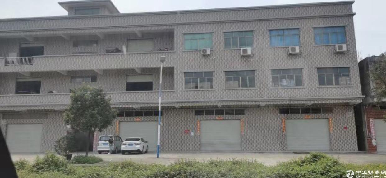 横沥原房东厂房3层3300平方,带装修