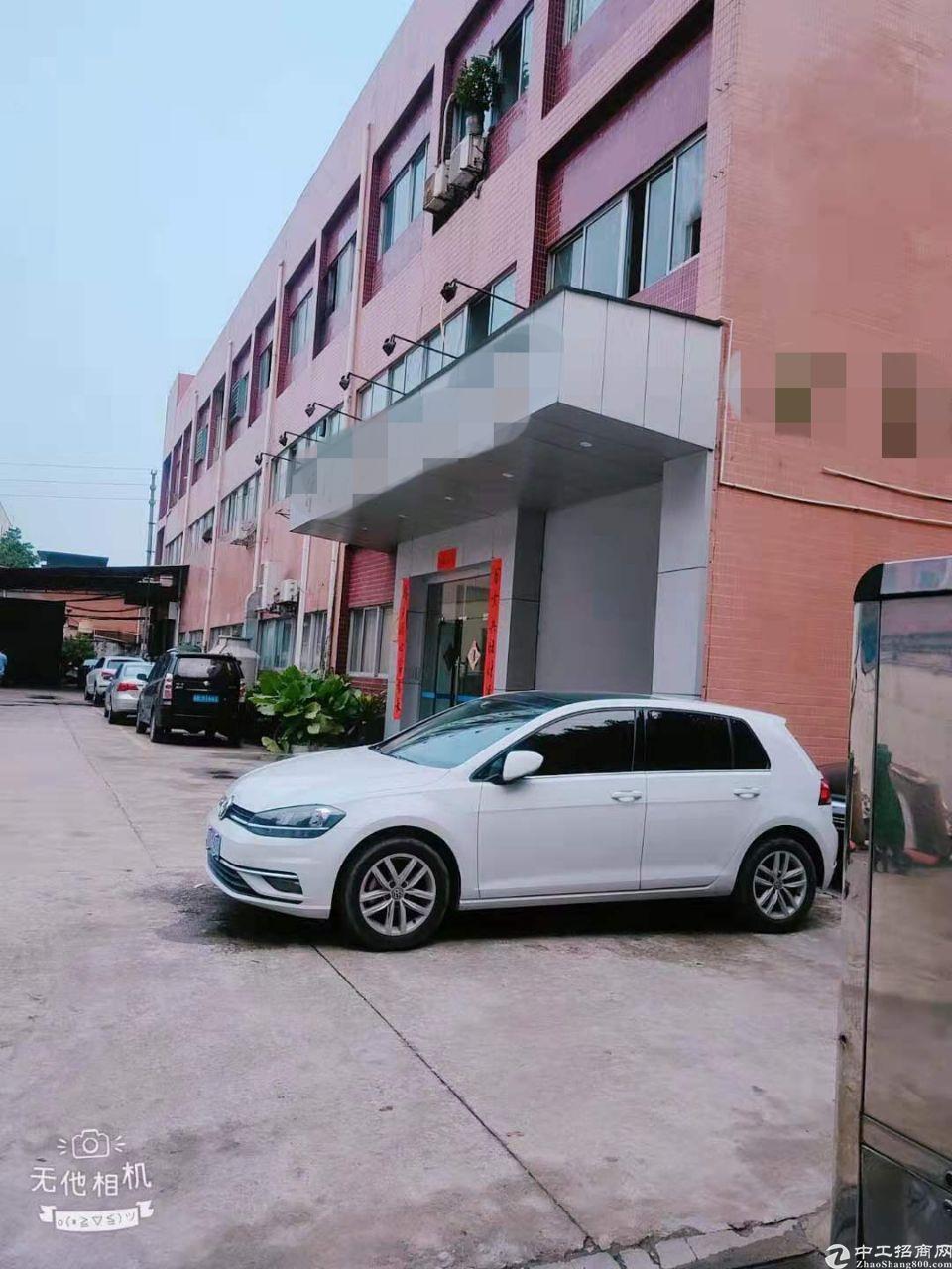 长安高速出口附近新出楼上1100平方精装修厂房带无尘车间