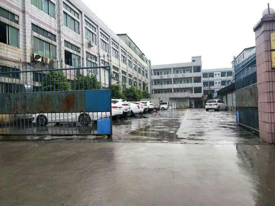 长安镇厦边新出一楼厂房出租2580平方
