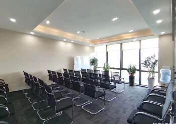 清湖甲级写字楼600平,带全套家私图片5