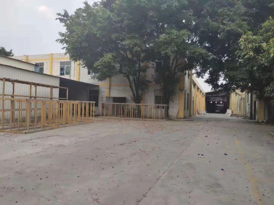 花都区新华三东工业区单一层经典独院砖墙到顶万博app官方下载,办公室精装修