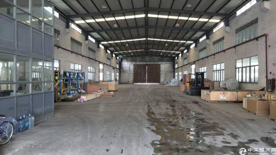 洪梅镇独门独院单一层砖墙到顶厂房12800平高9米