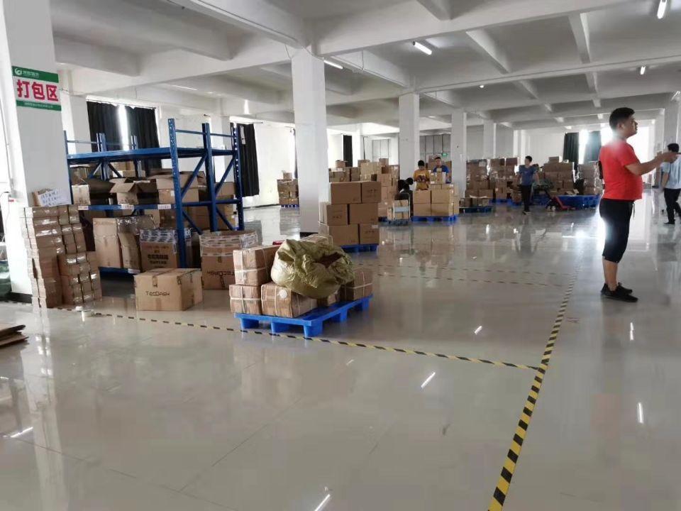 厚街镇三屯村靠近道滘新出标准厂房,仓库招租。