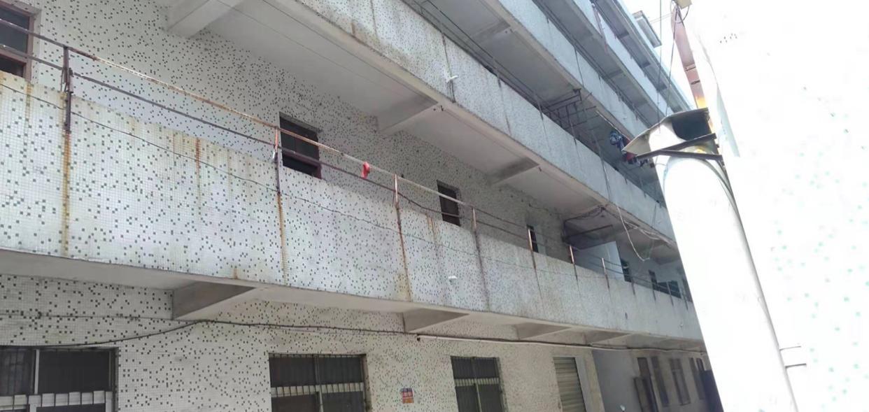 惠阳区新圩国道边宿舍楼2-5楼3200平米出租