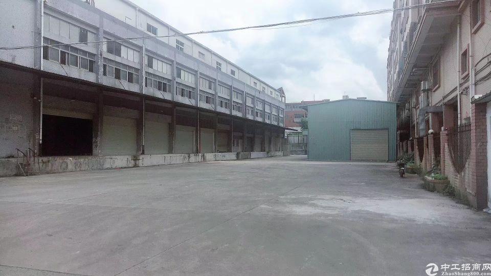 平湖海吉星食品厂一二楼2000平方米厂房仓库出租