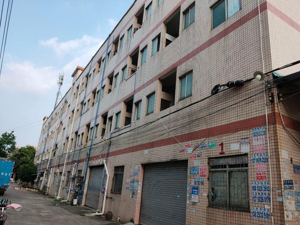 白云区清湖大布路工业区13800平方出租
