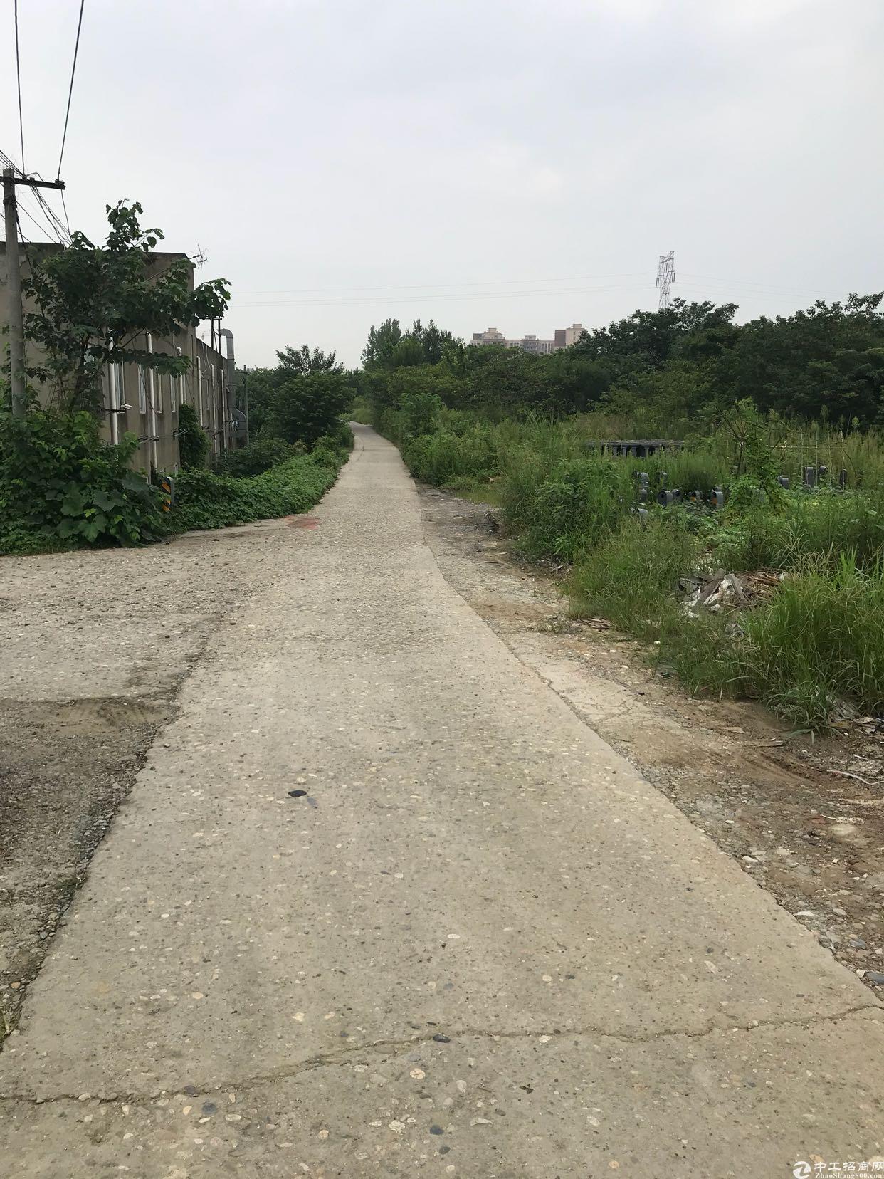 龙潭寺1300平方库房大小可以分割