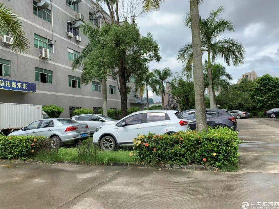 惠阳秋长西湖工业园4楼1400平方带现成装修。