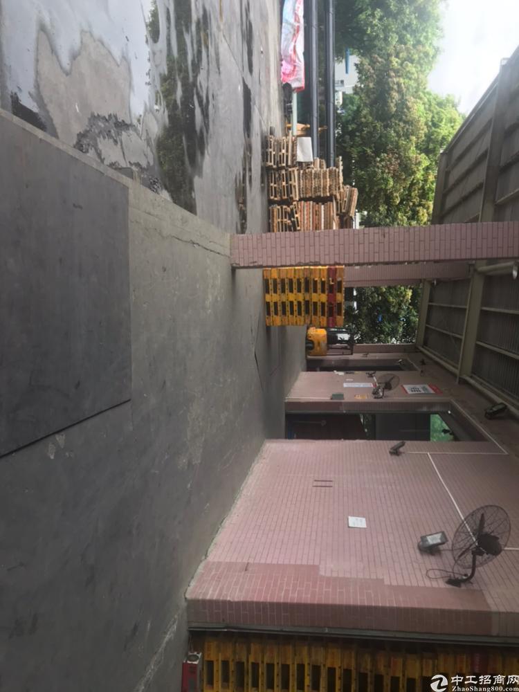 黄埔荔联原房东仓库加办公室1500平租金28块含税价格