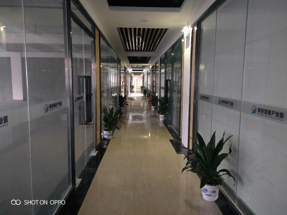 福永桥头花园式独院厂房楼上600平米精装修出租