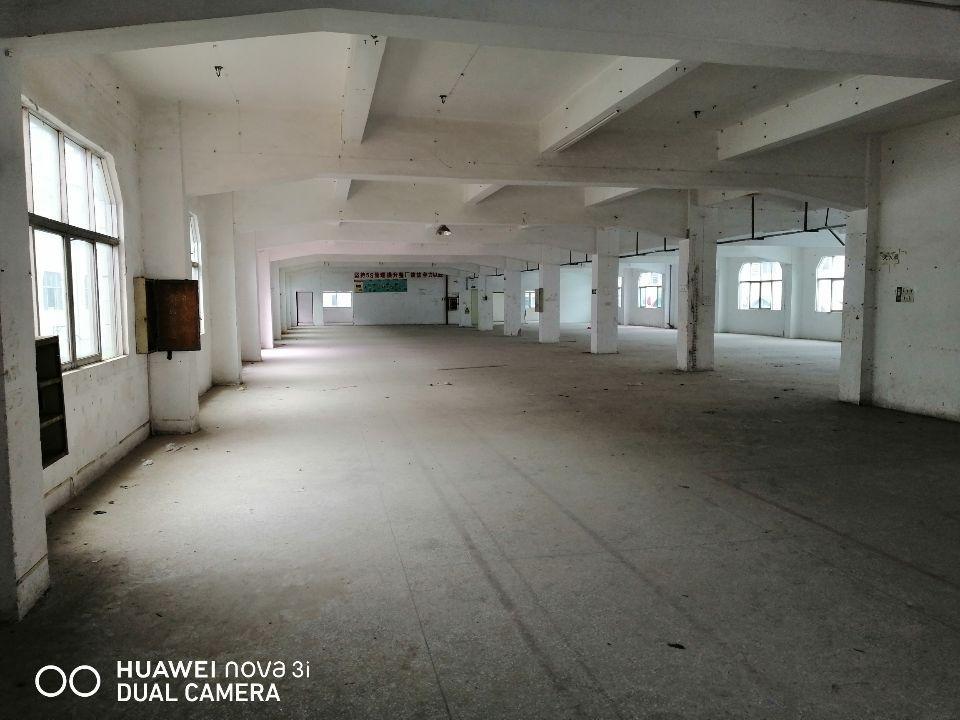 塘厦石鼓标准厂房二楼1470平,租金17