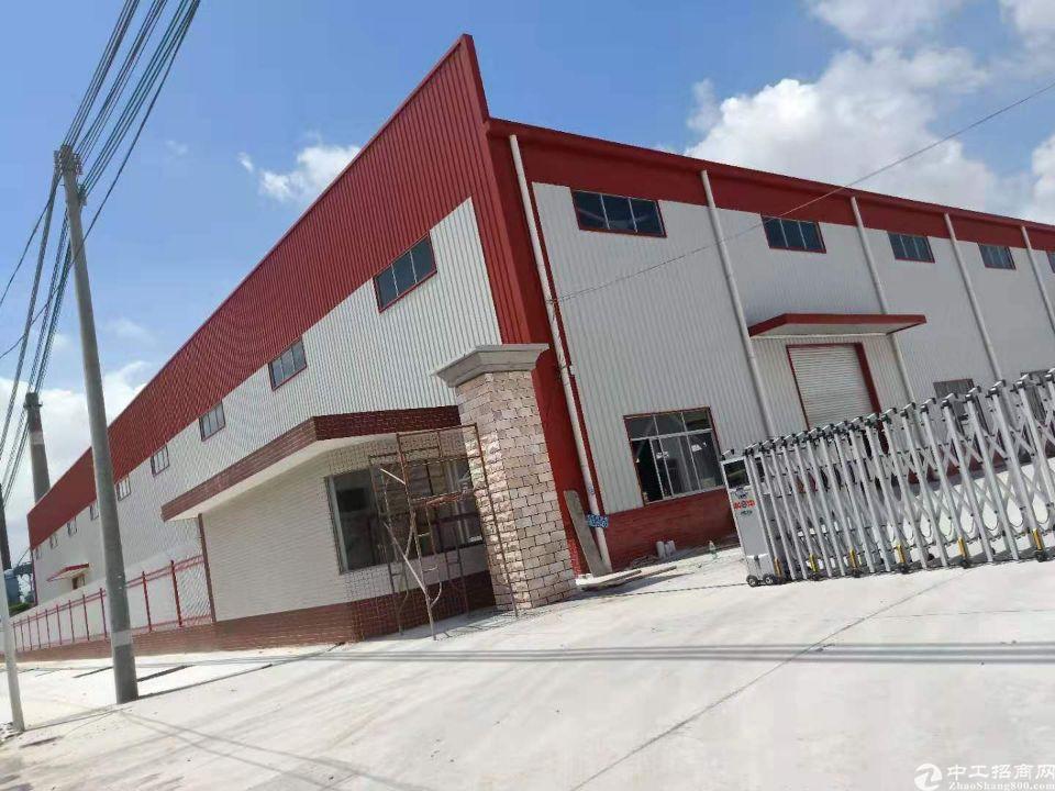 单一层厂房出租8800平米