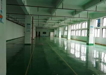 观澜原房东厂房出租楼上2200平米,园区厂房带消防喷淋。图片1