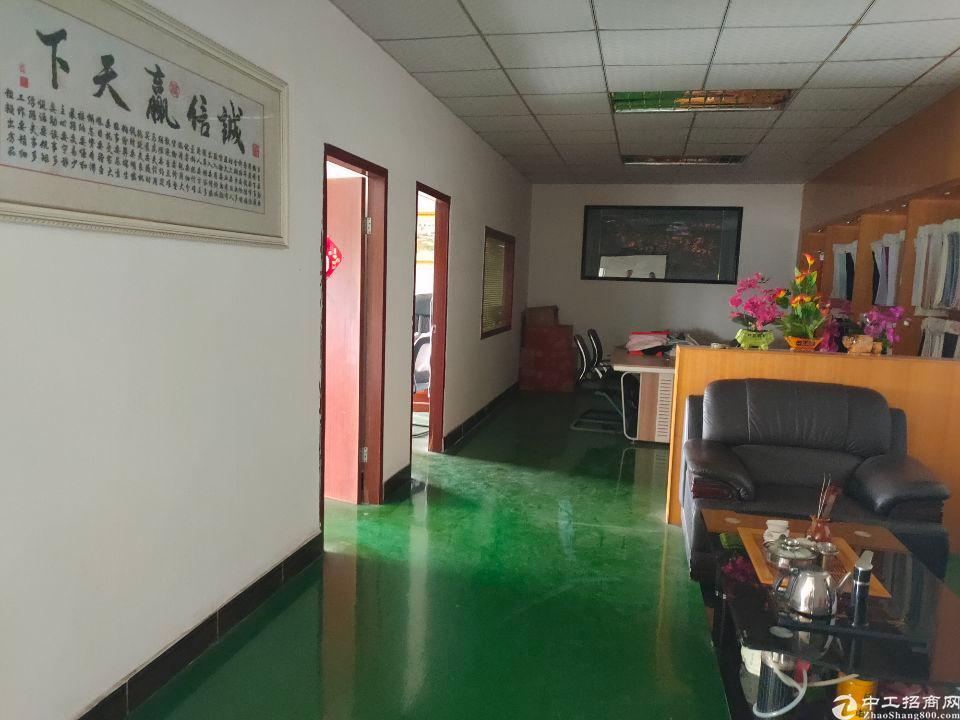 松岗江边新出楼上980平方带装修厂房