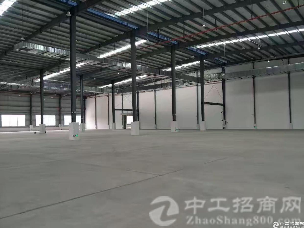 厚街镇宝塘村全新6000平独院单一层厂房仓库出租证件齐全