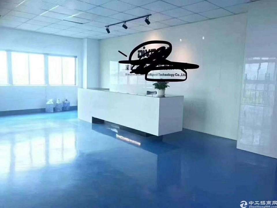 龙岗中心城南联新出单层950平米厂房出租