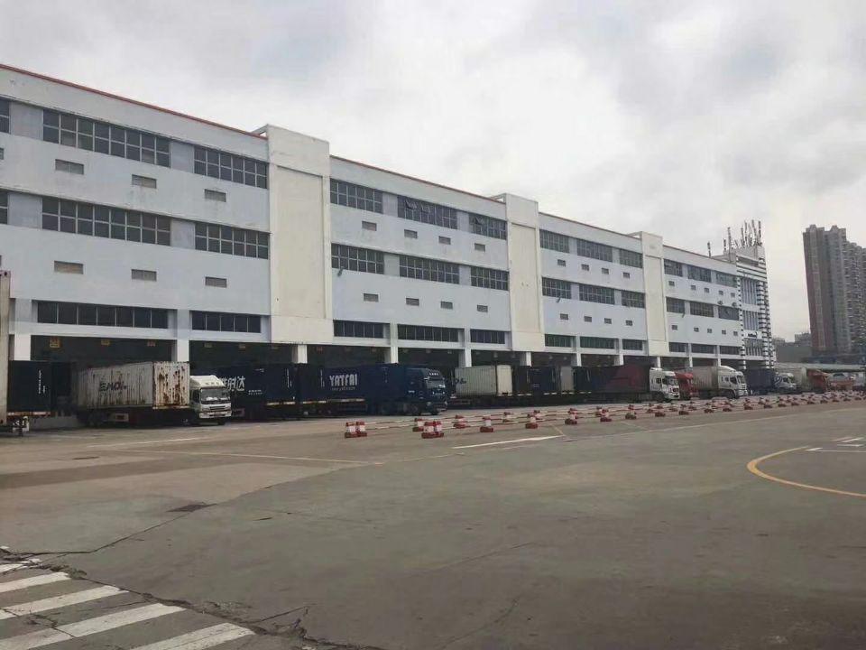深圳龙华梅林关仓库1-3层共10000平带喷淋大小分租证件齐