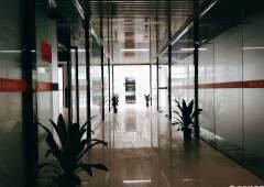 龙岗独立办公室出租,75平只需5480元全包,独立空调地铁口