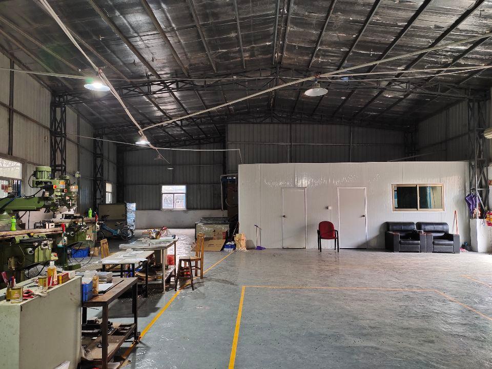 龙背岭大坪单一层钢结构铁皮高6米实际200平方机加工小客户独-图3