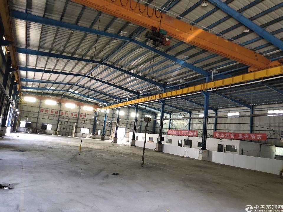 6900氶平方米单一层高10米纲构厂房仓库出租