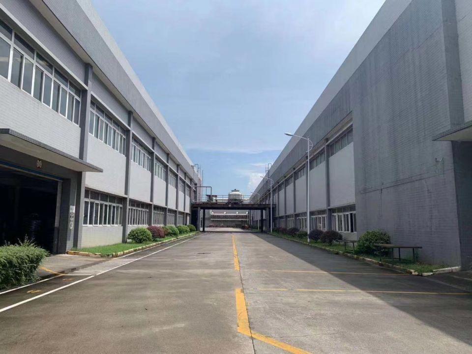 龙华清湖物流园新出5000平标准物流仓库,35每平