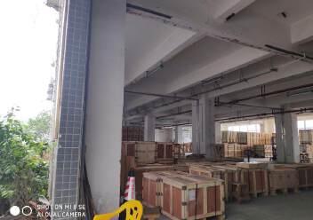 龙华大浪福龙路告诉出口大型工业园一楼1300平方招租图片1