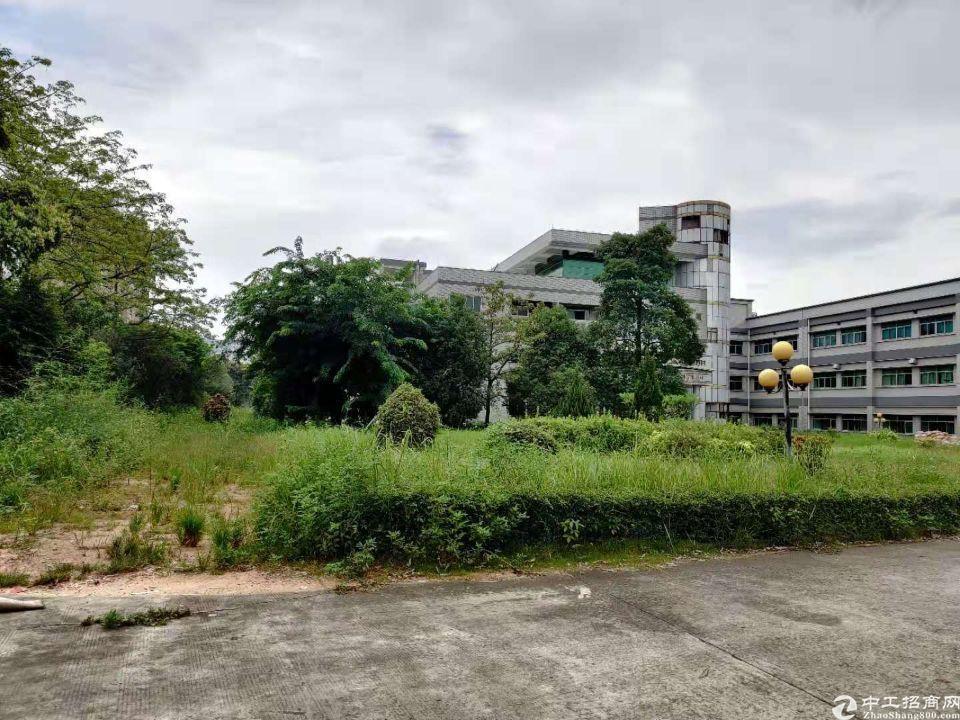 大岭山镇最新独门独院花园式厂房33000平厂房出租,可任意分