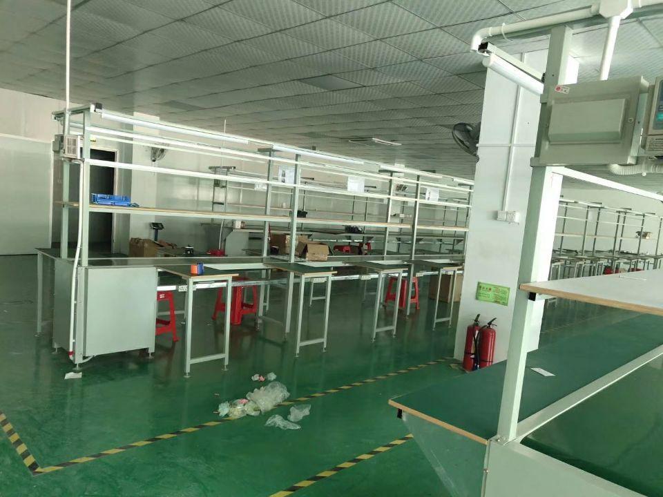 石岩装修厂房办公室380平米招租,无转让费