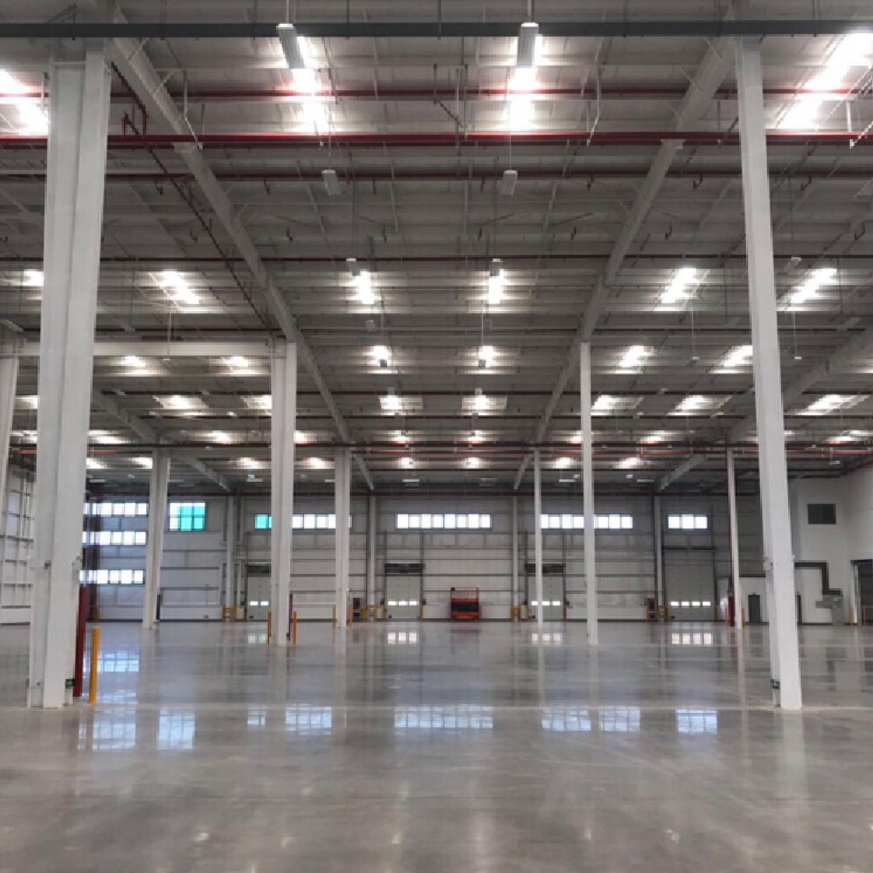 鄂州10000平钢结构仓库,可分割