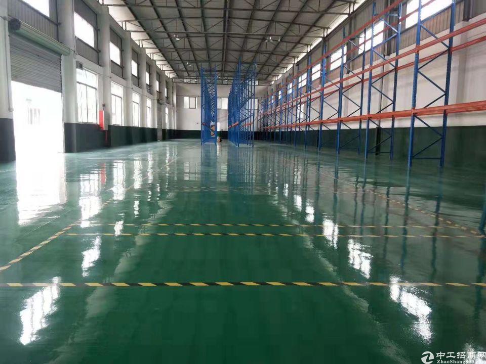佛山市南海区工业区内,新出独院单一层8000平,可做布匹仓库