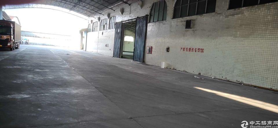 永和开发区4000平仓库出租,适合健身,或游泳馆