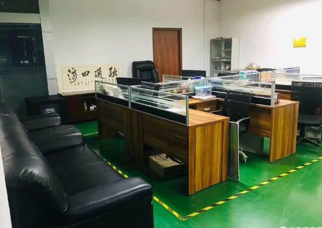 福永塘尾有精装厂房出租1500平