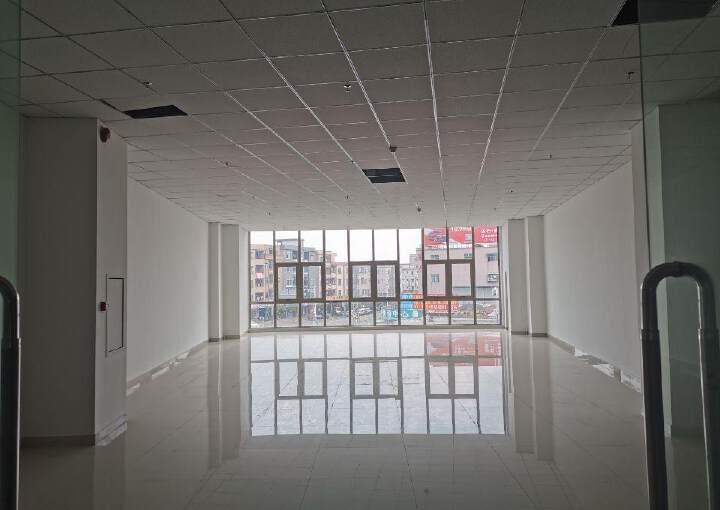 横沥客运站80平米豪华精装修写字楼出租图片3